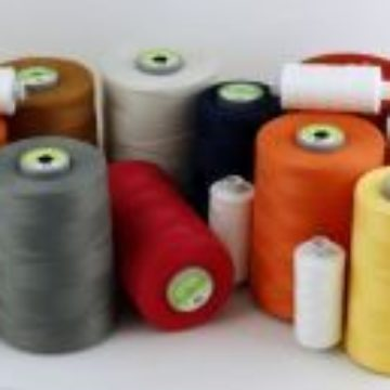 Polyester threads, very tear-resistant. For sewing on modern sewing machines.